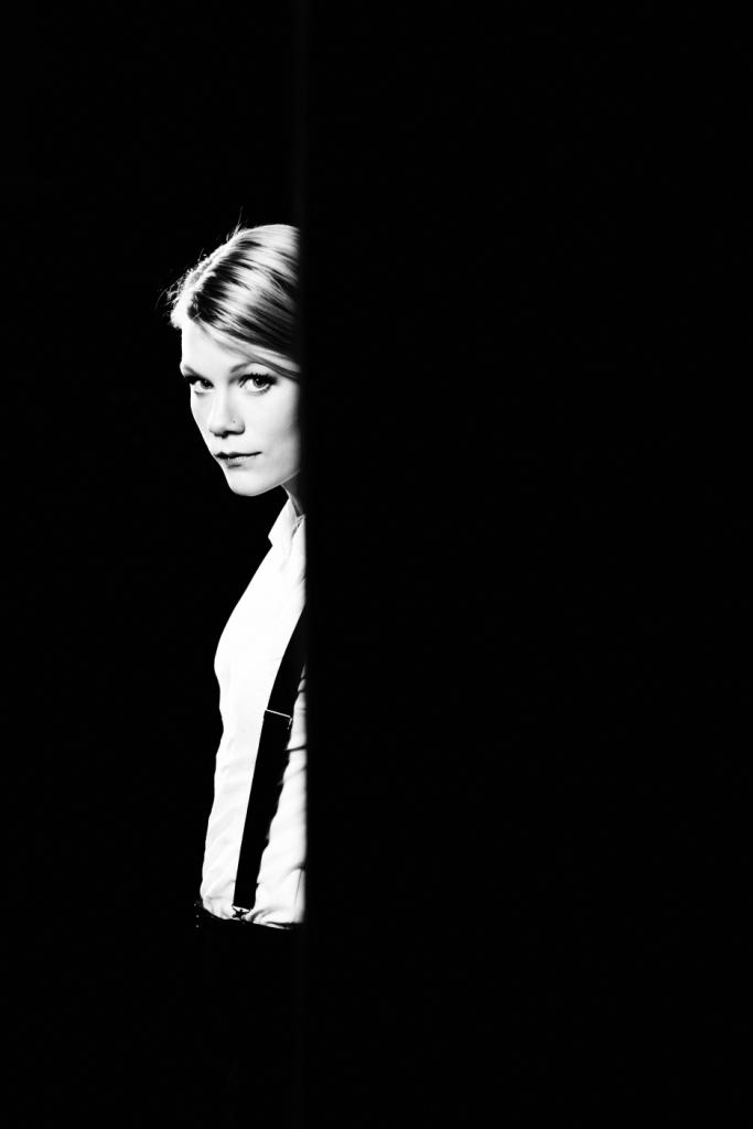 Trixie Whitley black and white